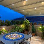 Creare un ambiente intino e riservato con una tenda per terrazzo?